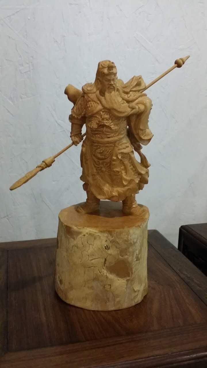 黄杨木雕关公立像欣赏